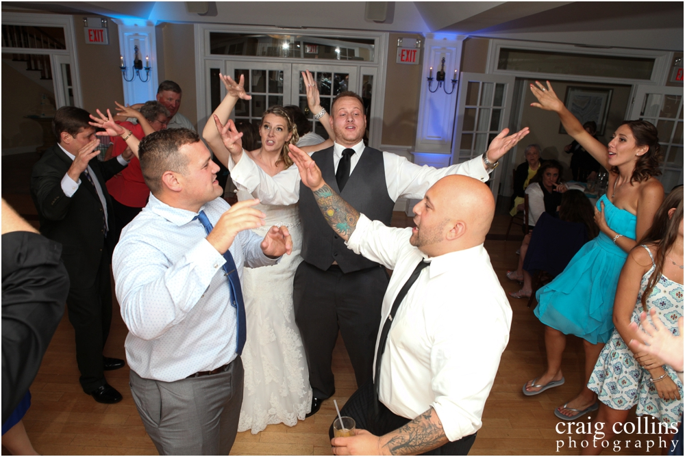 Rock-Island-Beach-Wedding-Craig-Collins_0040